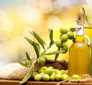 Оливковое масло - часть средиземноморской диеты